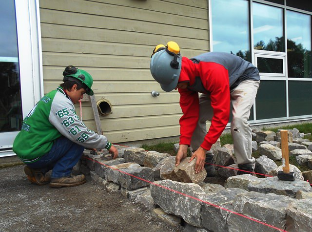 Masonry Students Leave Their Mark On The Perth Campus Ac Blog